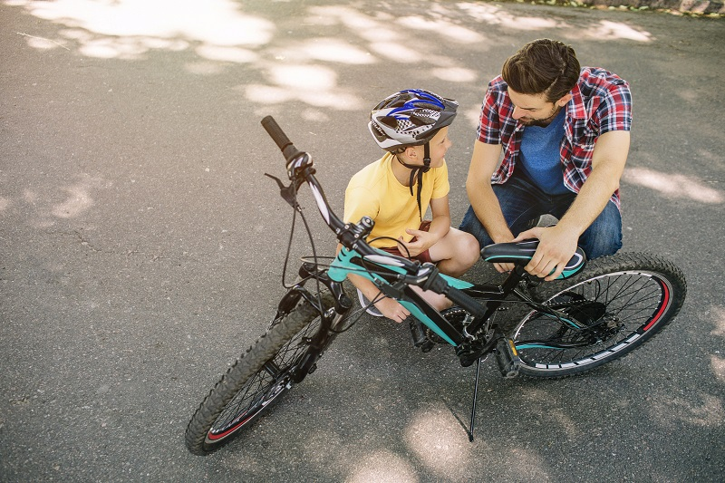 the right cycling kit for your kids