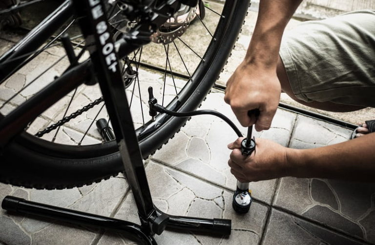 Best Tubeless Pumps and Inflators