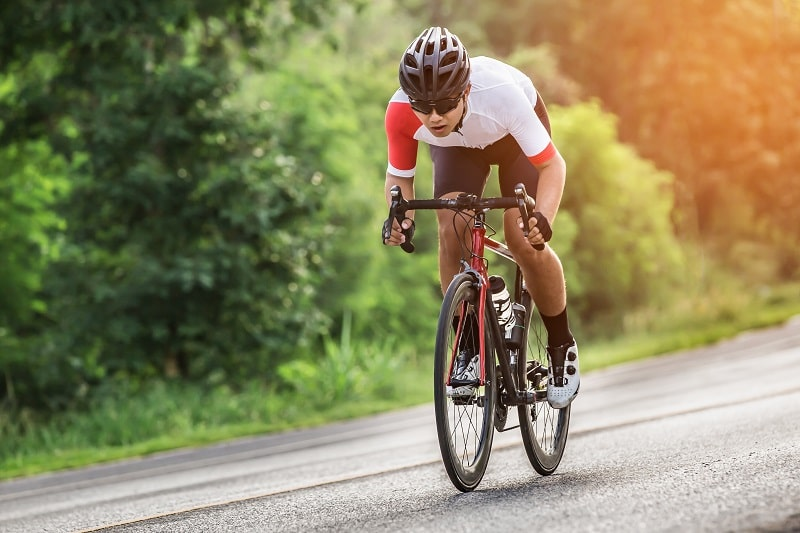 how to ride into a headwind (1)